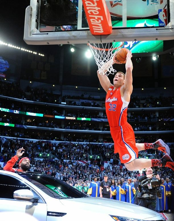 Blake Griffin Jumps Over The Car Dunk Front View Clippers News Surge Nba Gallery Los Angeles Pictures Photos
