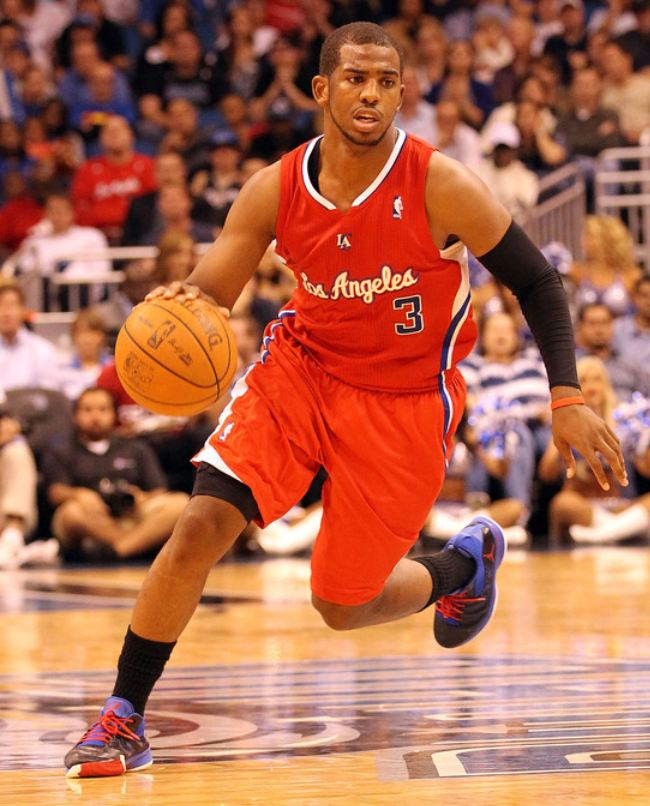 Chris Paul CP3 on the move in a Clipper road jersey - Clippers News ... fa7404a2f