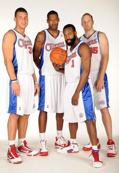 Clippers 2009 Team photo of Blake Griffin Marcus Camby Baron Davis and  Chris Kaman 2ed2cbef7